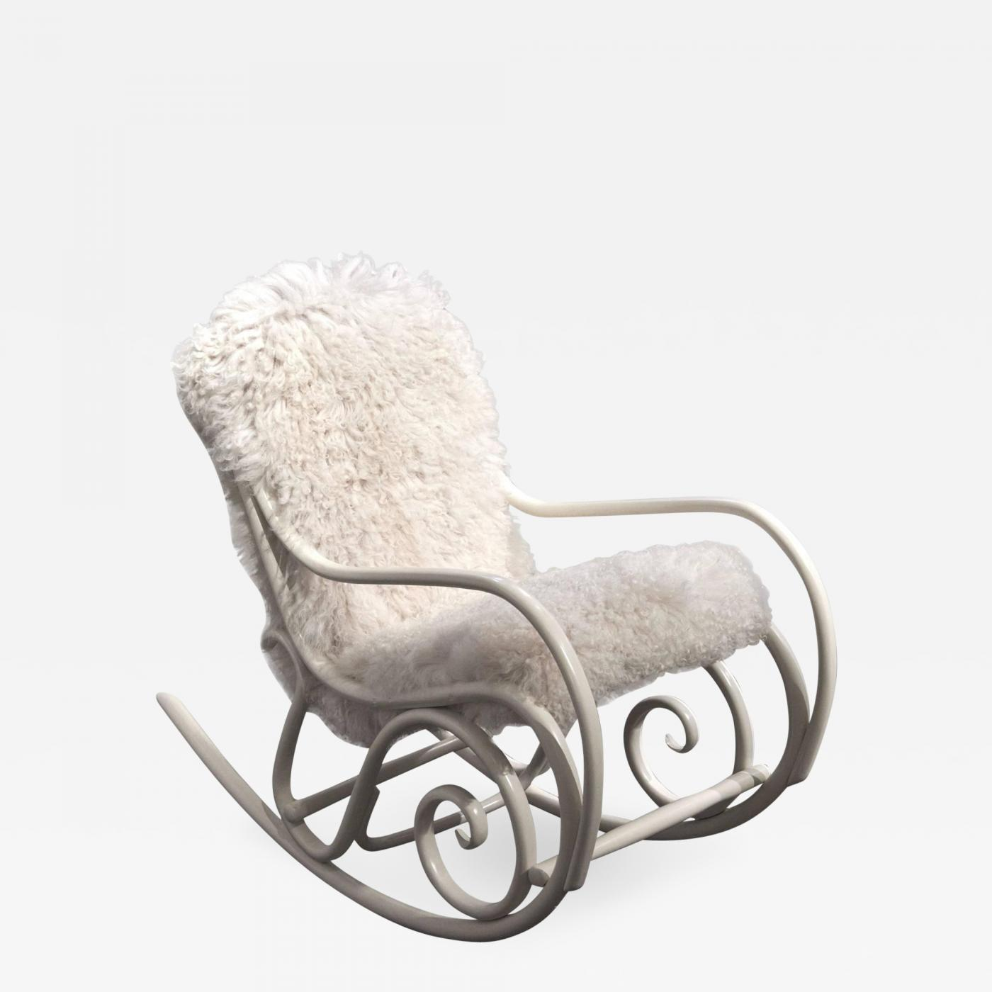 rocking chair test essay Lady in a rocking chair back forth back forth she sits in her creaky rocking chair pleasantly reminiscing about her lost childhood as she crochets a.