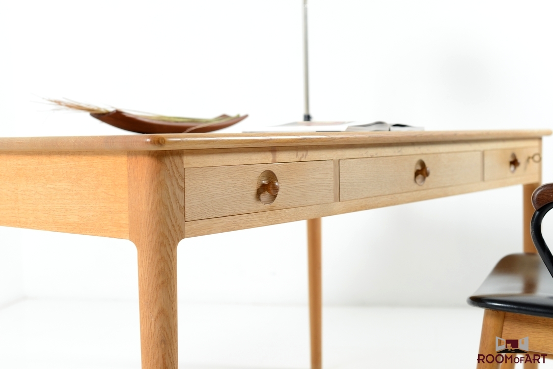 Hans J Wegner Desk In Solid Oak Modernism