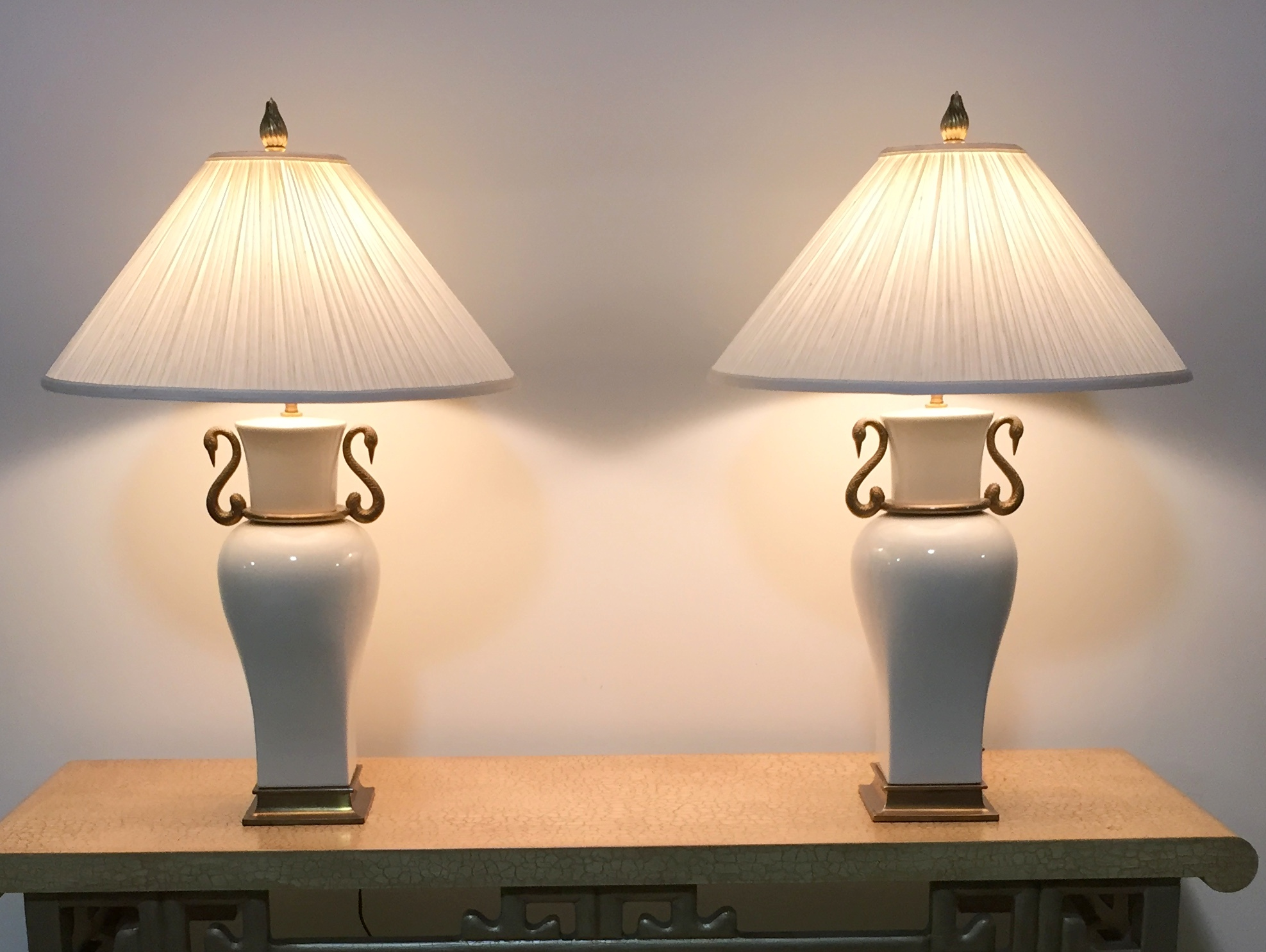Pair 1980 Vintage Chapman Porcelain Amp Brass Table Lamps