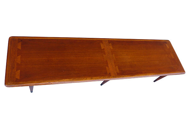 Mid Century Modern Lane Coffee Table From The Acclaim Series