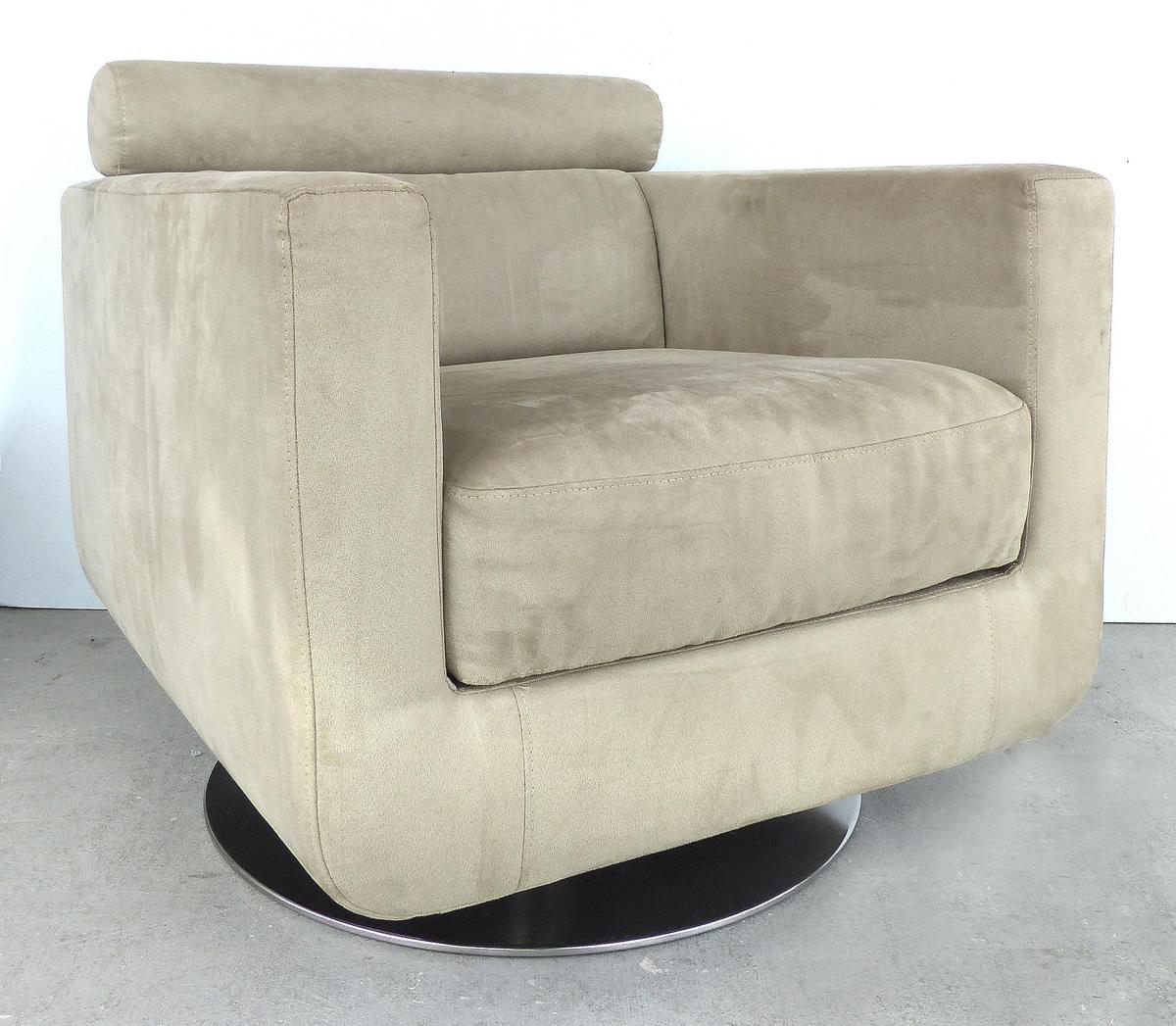 Italian Ultra Suede Swivel Club Chairs By Natuzzi Salotti
