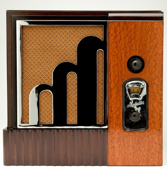 Century Six Majestic American Art Deco Radio Modernism