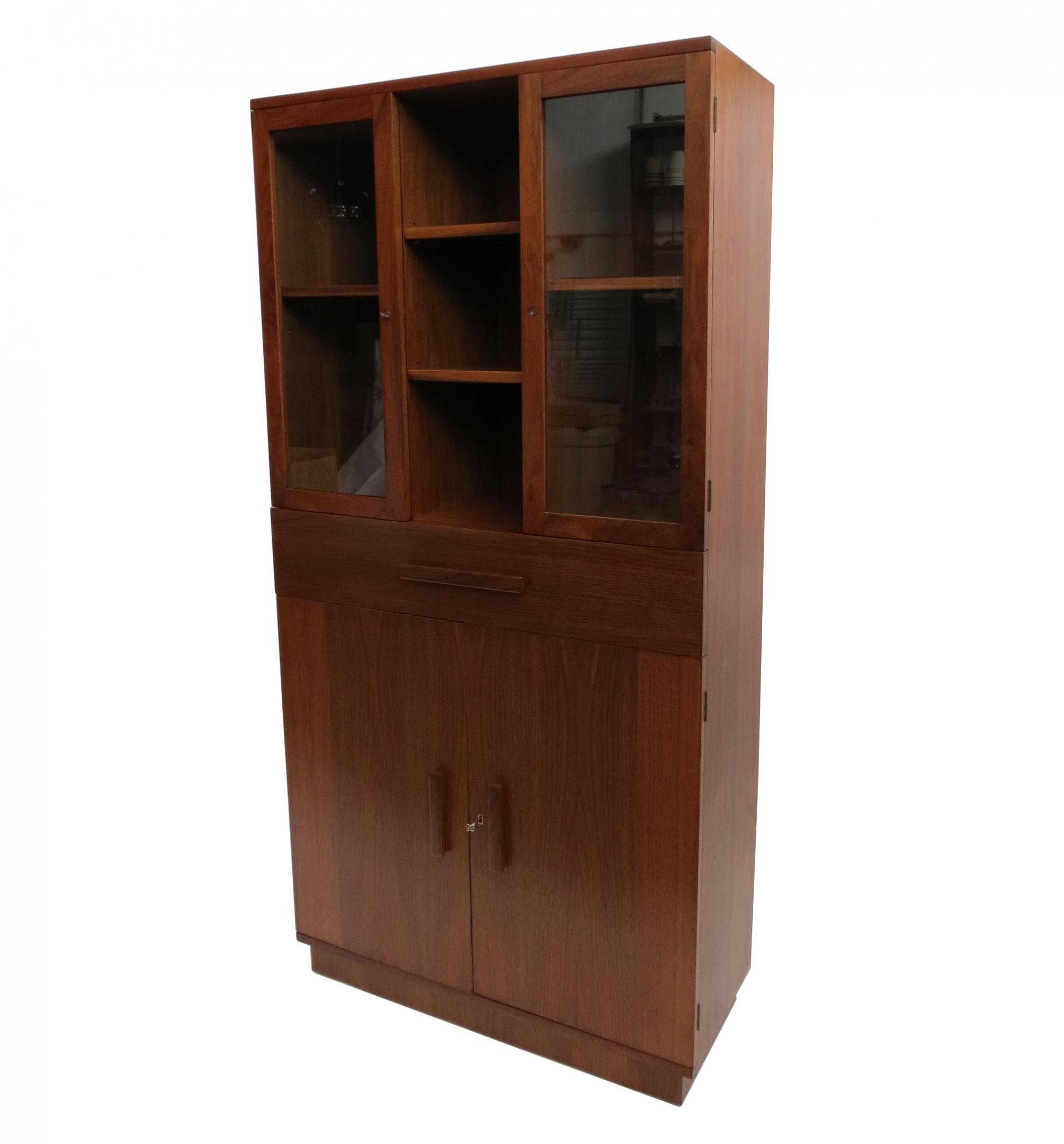 shumway s victorian lady oak il head antiques china furniture cabinet