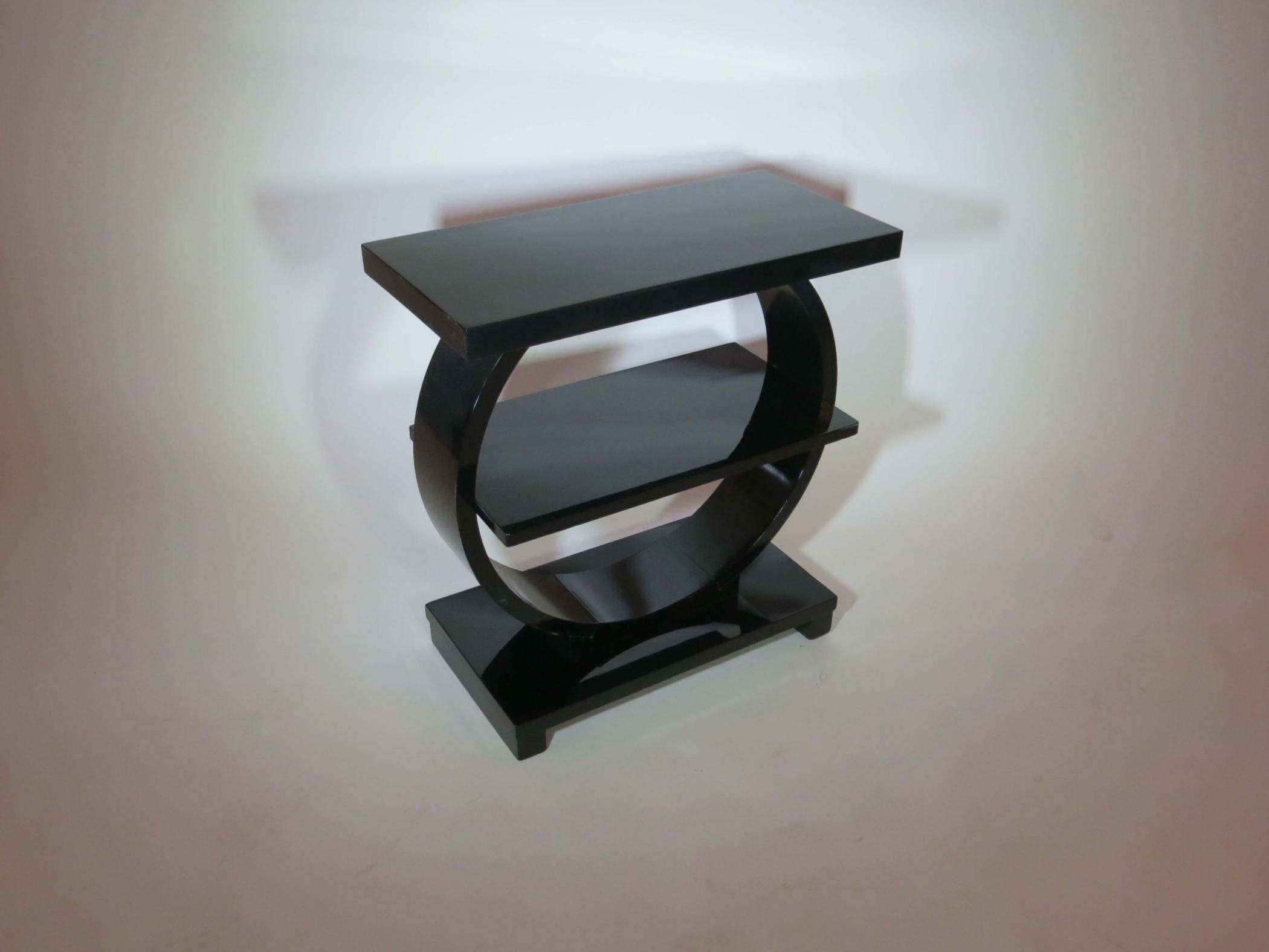 Modernage American Art Deco Black Lacquer Side Table
