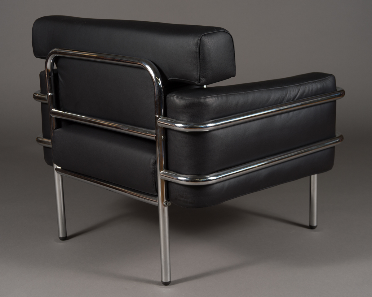 pair vintage le corbusier style black leather club chairs modernism