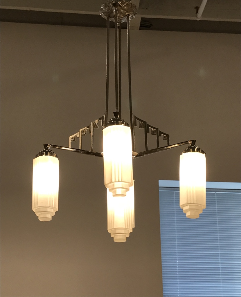 Well-known French Art Deco Chandelier with Skyscraper Motif | Modernism TQ61