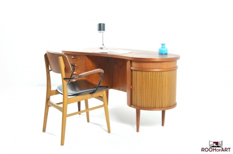 Teak Kidney Desk By Kai Kristiansen Modernism